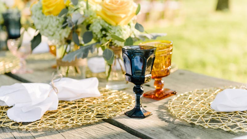 outdoor table setting for a wedding