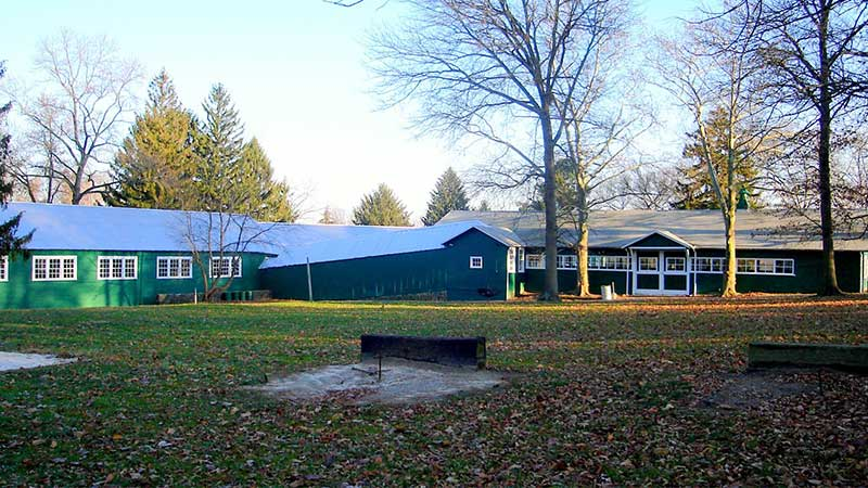 exterior view of hunter barn and grounds